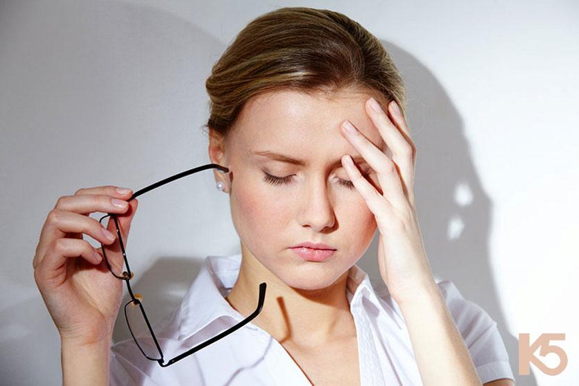 Căng thẳng stress là một trong những nguyên nhân gây nám