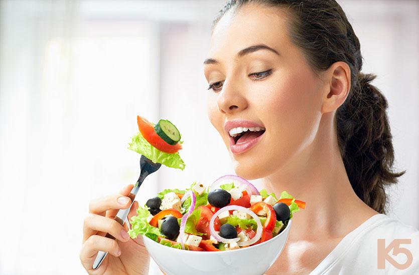 Chế độ ăn uống đầy đủ các chất dinh dưỡng