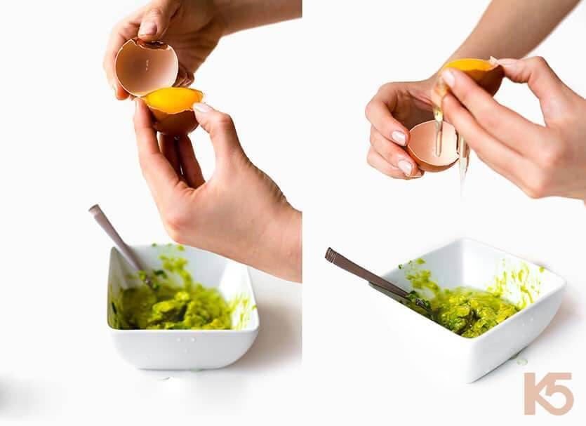 hướng dẫn cách trị nám bằng hỗn hợp trứng gà và bơ