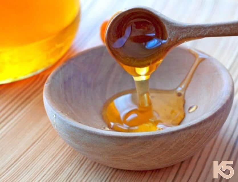 Mật ong là phương pháp trị nám tại nhà phổ biến nhất hiện nay