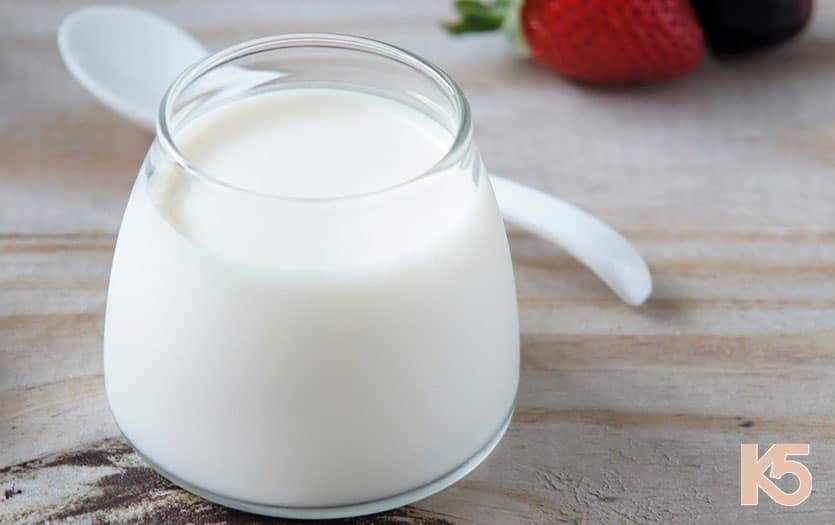 Sử dụng sữa chua không đường để điều trị nám