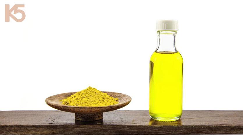 Bột nghệ và dầu oliu