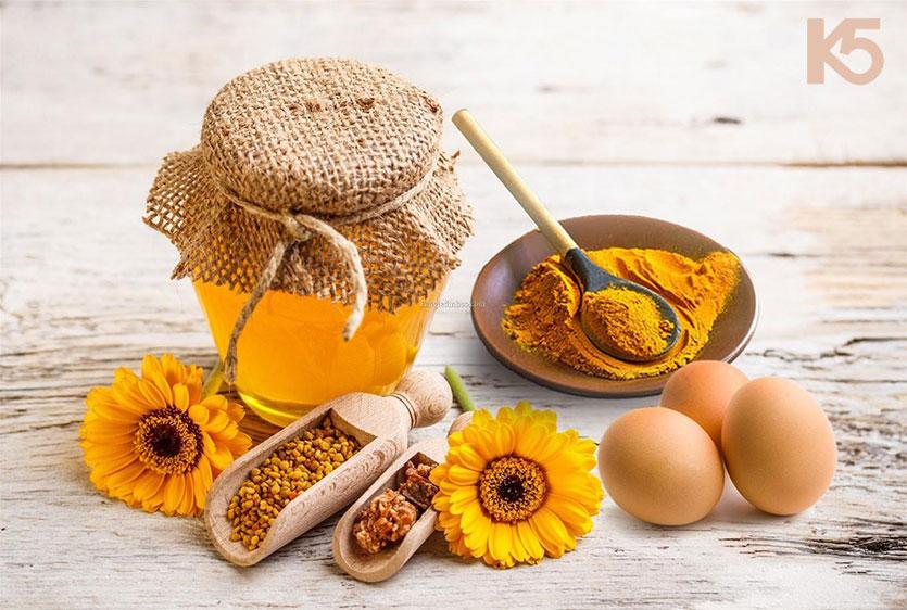 Chữa nám bằng nghệ và mật ong