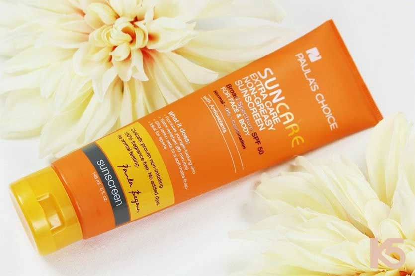Kem chống nắng Paula's Choice Suncare Extra Care Non Greasy Sunscreen SPF 50