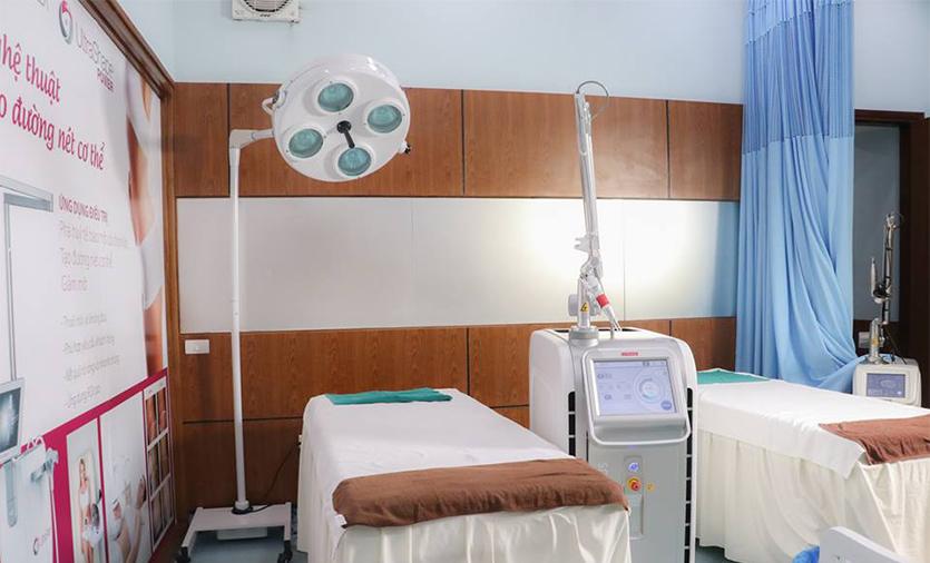 Điều trị nám bằng tia laser tại bệnh viện đầy đủ trang thiết bị máy móc