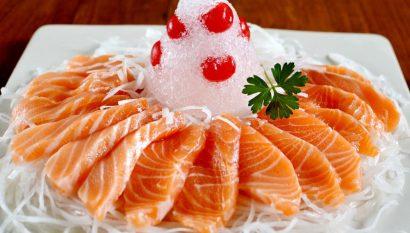 Ăn cá hồi rất tốt cho trị nám