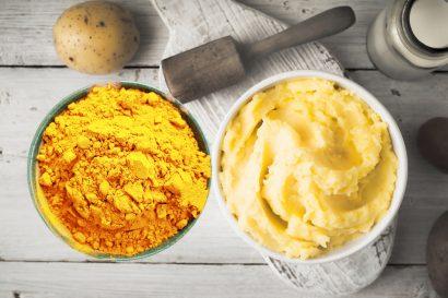 cách trị nám bằng khoai tây và nghệ