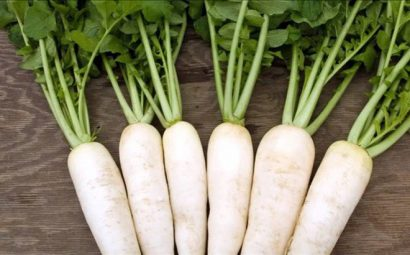 Củ cải trắng trị nám
